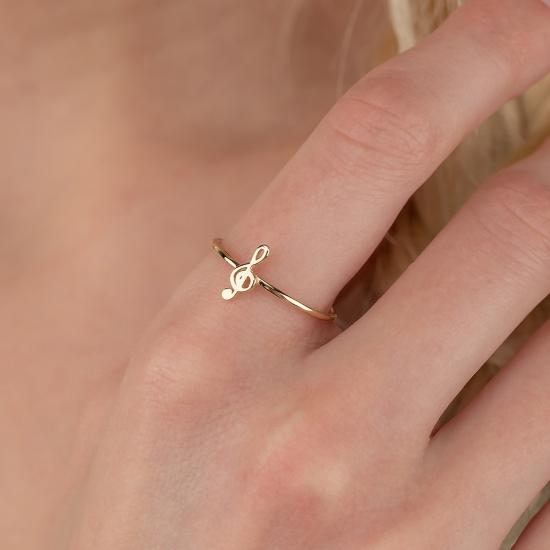 Elef Takı - Sol Anahtarı Figürlü 14 Ayar Altın Şans Yüzüğü